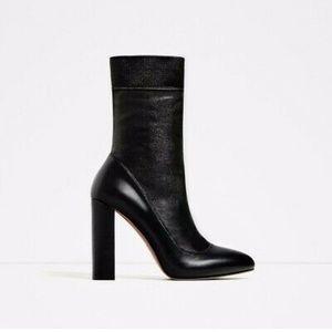 Zara Black Stretch Boots, Size 5